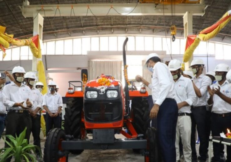 Kubota begins mass production of tractors in India